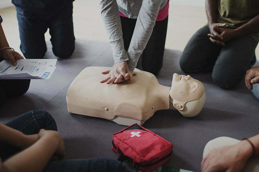 rya first aid - RYA Classroom & Theory Courses